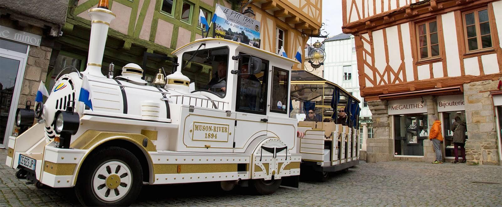 VANNES en PETIT TRAIN TOURISTIQUE
