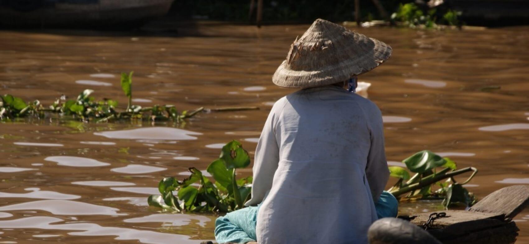 """Résultat de recherche d'images pour """"village 1979 vietnam"""""""